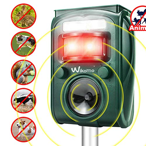 Wikomo Ultrasonic Pest Repeller, Solar Powered Waterproof Outdoor Animal Repeller with Ultrasonic Sound,Motion Sensor and Flashing Light pest Repeller for Cats, Dogs, Squirrels, Moles, Rats (Best Way To Trap Mice In Attic)