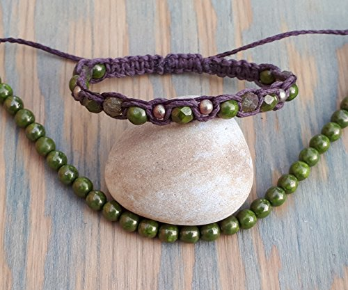 Green Beaded Macrame Bracelet - Orillia Glasses