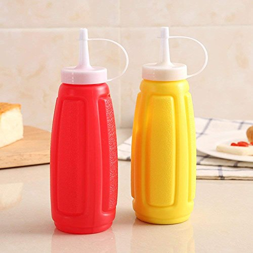 KETCHUP AND MUSTARD PLASTIC BOTTLES (SET OF TWO) ()