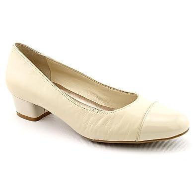 0ee553a6d5 Amazon.com: Easy Spirit URMINE Pump Light Natural Leather Women Size 6 M:  Shoes