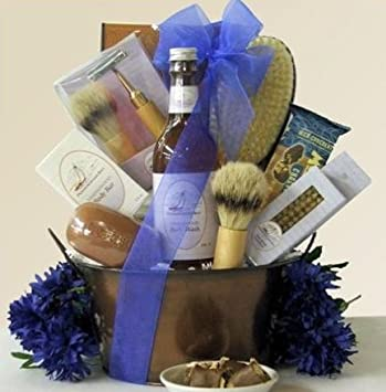 Amazon.com : Sandalwood Spa Gift Basket for Men : Gourmet Gift Items : Beauty