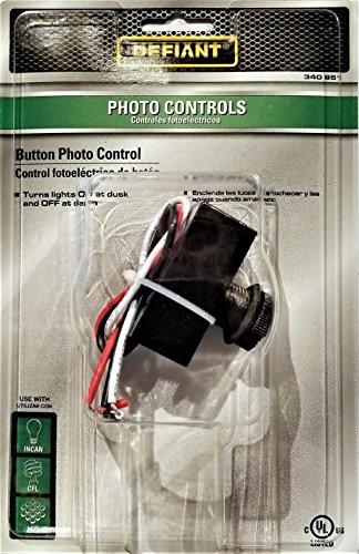 Defiant 1,800-Watt Postmount Button Photo Control by Defiant
