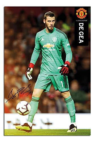 low priced c8295 b3f79 Amazon.com: Manchester United David De GEA 2018-2019 Poster ...