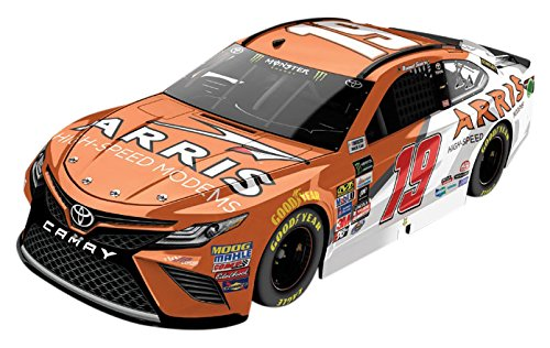 Nascar Series (Lionel Racing  Daniel Suarez #19 Arris 2017 Toyota Camry 1:64th Scale HT Official Diecast of the NASCAR Cup Series)