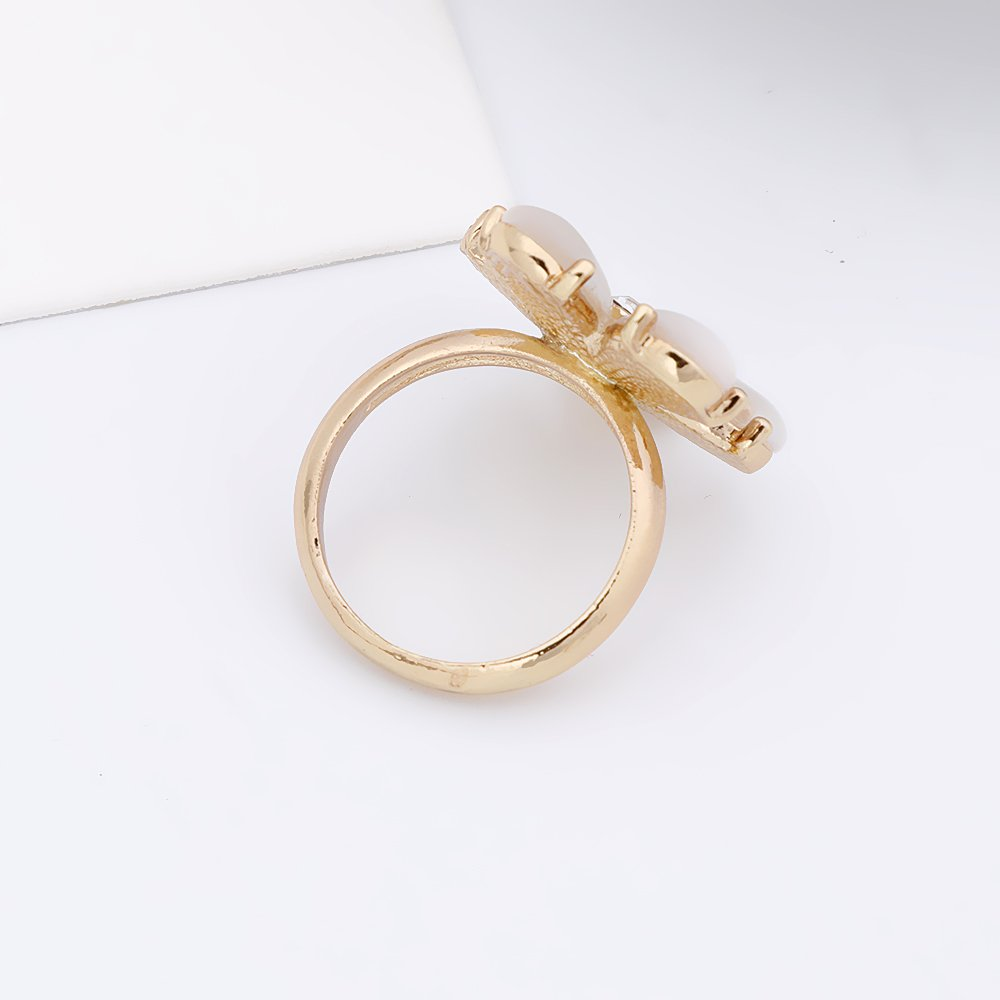 PANGRUI Exquisite Delicate 5-Leaf Flower Ring with Cats Eye