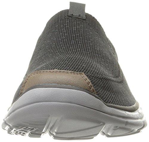 Larven Glides Slip Loafer on Men's Black Skechers 1aPw66