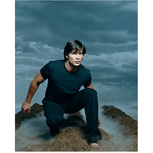 Tom Welling crouched barefoot on mountain in mist 8 x 10 Inch Photo