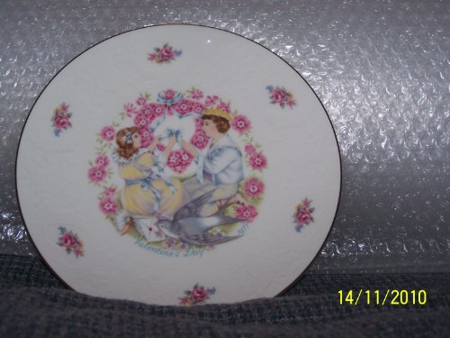 Royal Doulton Valentines Day Plate - Royal Doulton My Valentine collector plate valentines day 1977 CP71