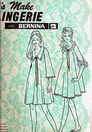 (Let's Make Lingerie Misses Peignoir, Night Robe, No. 390 One Size Fits All, Sewing Pattern)