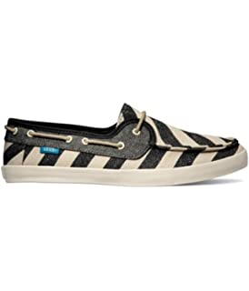 ed4ecc59eb Amazon.com | Vans Womens Chauffette Natural Stripes Comfort Boat ...
