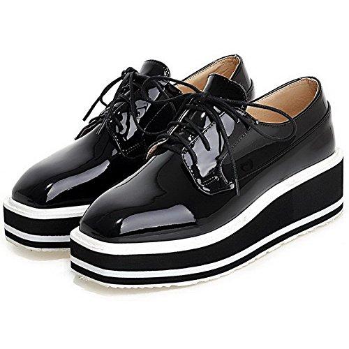 AllhqFashion Damen Rein Lackleder Mittler Absatz Schnüren Quadratisch Zehe Pumps Schuhe Schwarz