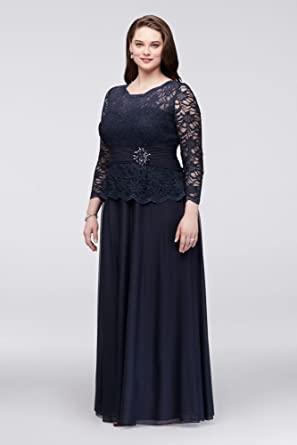 b47779af29b David s Bridal Plus Size Glitter Lace Long Sleeve Mother Bride Groom Dress  Style 757727D at Amazon Women s Clothing store