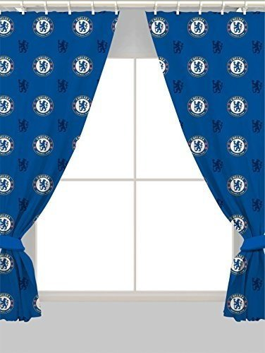 Football Chelsea FC Repeat Crest 52% Polyester 48% Cotton 72 Inch Curtain