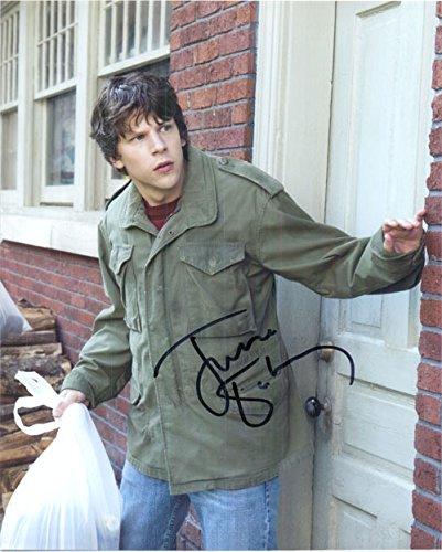Eisenberg Signed (Signed Eisenberg, Jesse (30 Minutes or Less) 8x10 Photo autographed)