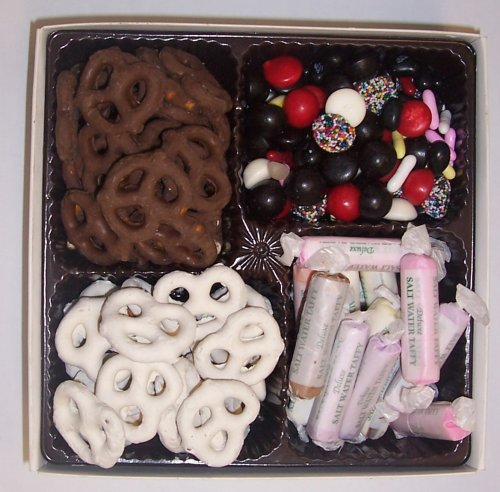 Scott's Cakes Large 4-Pack Chocolate Pretzels, Yogurt Pretzels, Salt Water Taffy, & Licorice Mix