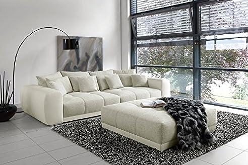 greige sofa | 1025theparty.com