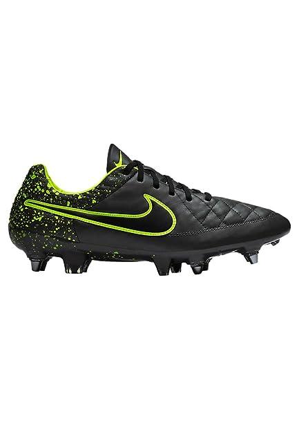 b2d6dd94dabd2 Nike Tiempo Legend V SG-Pro