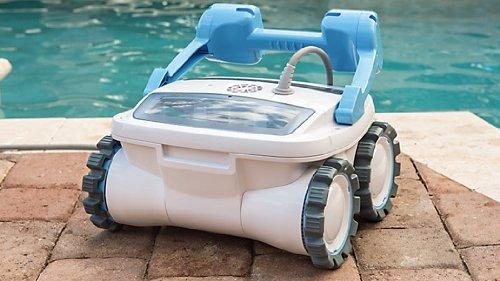 6. Aquabot Breeze 4WD