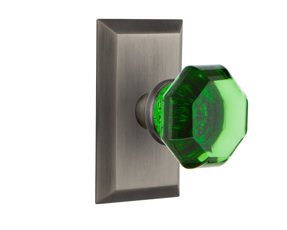 2.75 Nostalgic Warehouse 725132 Studio Plate Privacy Waldorf Emerald Door Knob in Bright Chrome