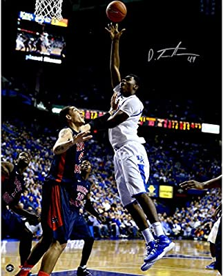 "Dakari Johnson Kentucky Wildcats Autographed 16"" x 20"" Shooting Photograph - Fanatics Authentic Certified"
