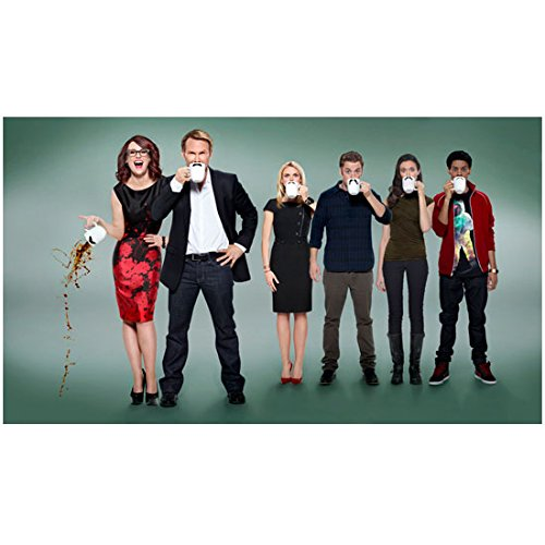 (Breaking In (TV Series 2011 - 2012) 8 inch by 10 inch PHOTOGRAPH Christian Slater Full Body w/Cast Drinking from Cups kn)