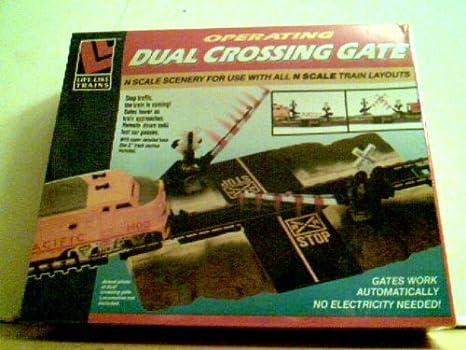 Operating Dual Crossing Gate - N Scale No  7209