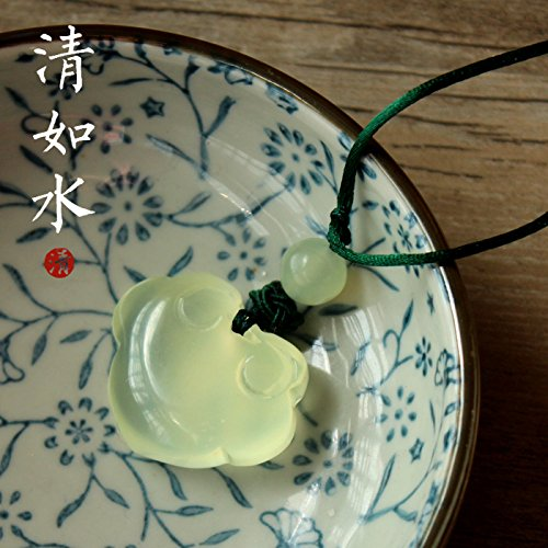 Longevity Natural Jade Pendant (usongs Clear water natural Jade baby longevity lock lock necklace pendant clavicle chain jade men and women peace)