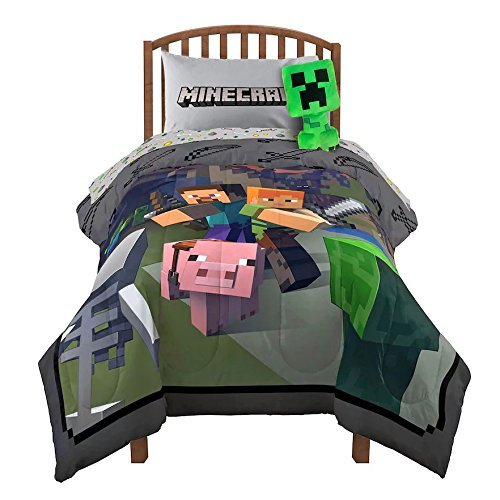 Minecraft Fighting Back Twin Comforter and Sheet Set franco