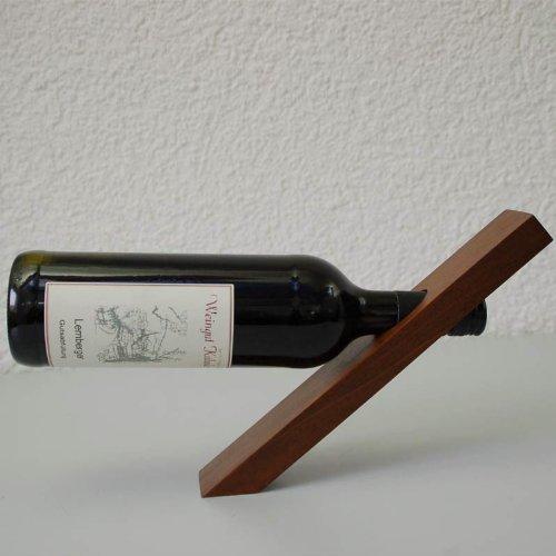 best support bouteille de vin gallery awesome interior home satellite. Black Bedroom Furniture Sets. Home Design Ideas