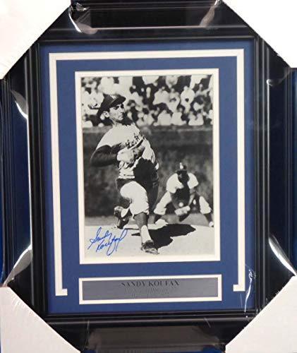 (Sandy Koufax Signed Picture - Framed 8x10 Beckett BAS #A20727 - Beckett Authentication - Autographed MLB Photos)