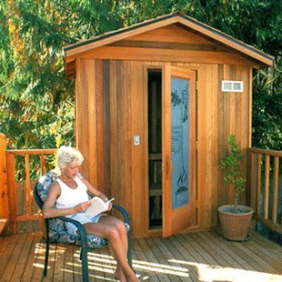 Finlandia Outdoor Sauna 4' x 4' With Roof Kit