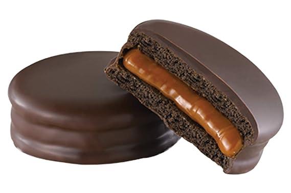 Galletas dobles con relleno de crema de caramelo de leche y cobertura de chocolate - 70% de cacao, caja de 9 piezas, 585 g - Alfajores HAVANNA 70% Cacao ...