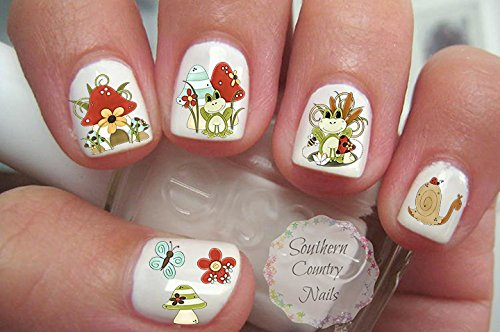 Toadstool Frogs Nail Art -
