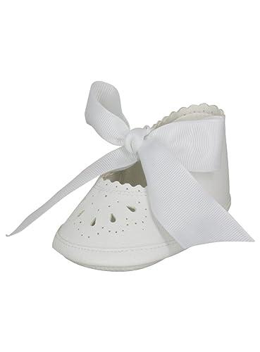 8a6a0f194f0df Boutique-Magique Chaussons de baptême bébé Fille avec Ruban Satin   Amazon.fr  Chaussures et Sacs