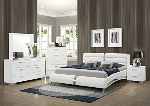 Coaster Felicity 4 Piece Queen Faux Leather Bedroom Set in White