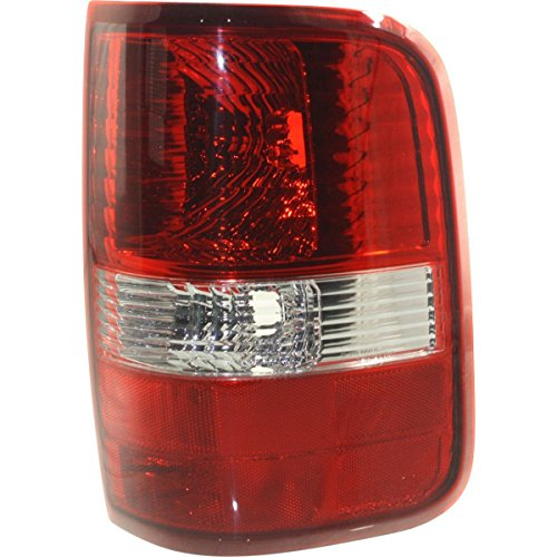 (DAT New 2004 - 2008 Ford F-150 Ford F-250, Ford F-350 Ford F-450 PASSENGER RIGHT SIDE TAIL LIGHT LENS AND HOUSING FOR STYLESIDE MODELS; WITH RED LENS; FITS ALL EXCEPT HARLEY DAVIDSON FO2801182)