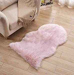 Multi-use runner with soft thick fur , 2725618357770