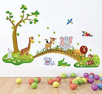 Wandtattoo babyzimmer  HALLOBO® XXL Wandsticker Wandtattoo Kinderzimmer Wald Tierbrücke ...