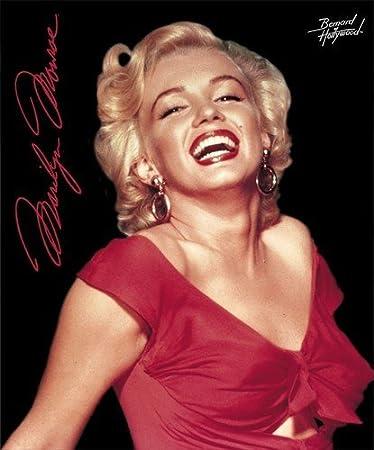 Amazon.com: Marilyn Monroe Red Dress Fleece Throw Signature ...