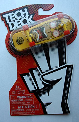Price comparison product image Tech Deck 2013 Homer Simpson Design 96mm Fingerboard by Spin Master