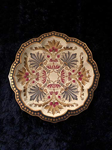 Majolica Leaf Plate - Antique Porcelain Faience Majolica Style Vintage Plate with Traditional Gold Leaf Design