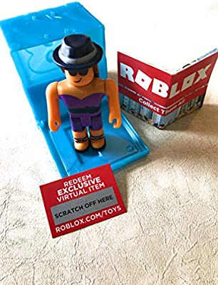 Winning Smile Roblox Toy Roblox Series 3 Design It Winner Action Figure Mystery Box Virtual Item Code 2 5 Amazon Sg Toys Games