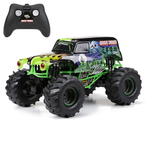 New Bright 61030G 9.6V Monster Jam Grave Digger RC Car, 1:10 Scale (Digger With Remote Control)