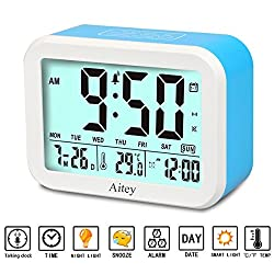 Aitey Digital Alarm Clock, Talking Clock with 3 alarms, Optional Weekday Alarm, Intelligent Noctilucent & Snooze Function, Month Date & Temperature Display for Adults, Kids & Teens (Blue)