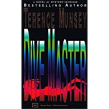 DIVE MASTER (A MONIKA QUELLER MYSTERY Book 3)