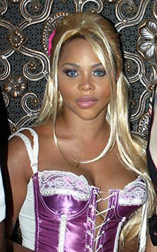 Posterazzi Lil Kim at Bryant Park for Fashion Week Sept. 13-17 2004 Poster Kyle Cameron/Everett Collection Photo Print, (8 x 10)