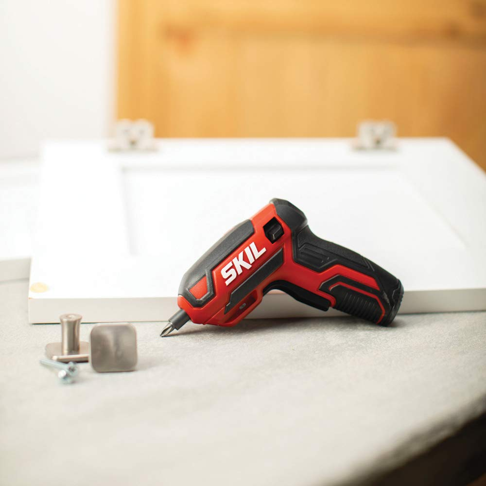 SKIL Rechargeable 4V Cordless Screwdriver - SD561801 by Skil (Image #2)