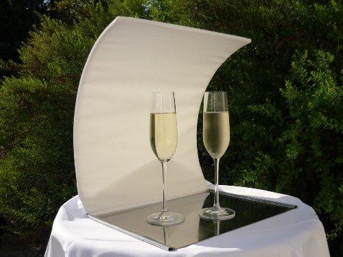 Sektkühler, Weinkühler für gefüllte Gläser beim Bankett im Freien oder bei einer Gartenparty im Strandkorb - Design. TABRELLA, Geschenkideen zum Einzug.