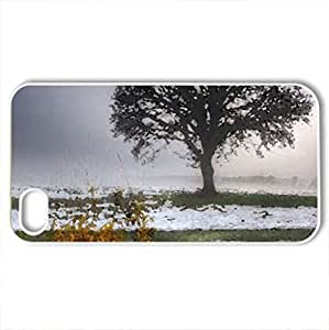 tree on a grassy meadow in winter - Case Cover for iPhone 4 and 4s (Winter Series, Watercolor style, White)