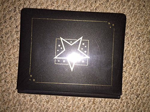 Creative Memories 8 1/2 X 11 Black Album with Star